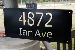 4872 Ian Ave